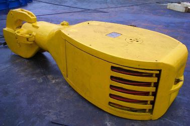 China API Atandard Oil Rig Equipment Travelling Block With Hook For Oil Drilling Rig distributor